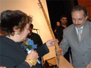 AHMET GAZİ AYHAN'A YAKIŞIR GECE