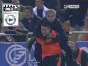 R.Madrid attı Mourinho çıldırdı - Video