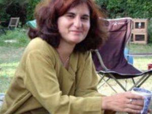 Alman anne ve iki kızı ölü bulundu