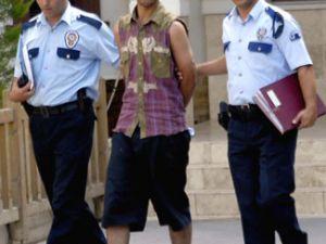 En Acı İtiraf Ceza Evinde Tecavüz Edilen Genç Erkek