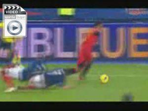 Ribery ve Abidal'in belini kırdı - Video