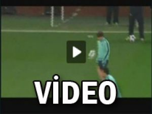 MESSİ'Yİ FENA AVLADILAR -VİDEO-