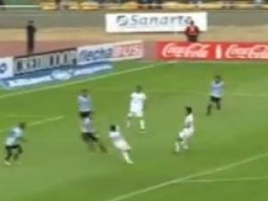 Arjantin Ligi'de Akıllara zarar gol-video