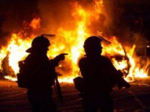 Kayseri'de Fabrika Çatısında Yangın