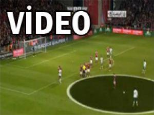 Cristiano Ronaldo'dan harika frikik! - VİDEO
