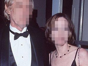 Öz babasıyla 10 yıl boyunca ilişki yaşadığını, yıllar sonra bir canlı yayında itiraf etti.