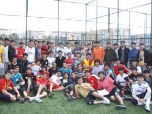 Kayseri'de Okuyan Türkmen Öğrenciler Bağımsızlık Kutlaması Yaptı