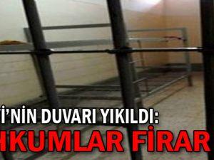 150 mahkum cezaevinden kaçtı
