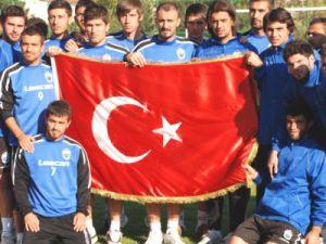 Erciyesspor'dan Şehitlere Saygı