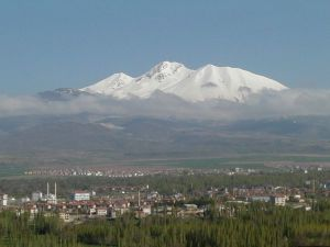 Erciyes&#39te Kar Kalınlığı 13 Santimetre