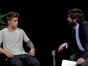 Ünlü oyuncu Justin Bieber'a saldırdı