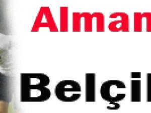 ALMANYA TÜRKİYE&#39YE PLAY-OFF KAPISINI AÇTI