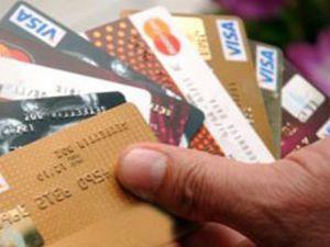 Yüzbinlerce kredi kartına yasak!