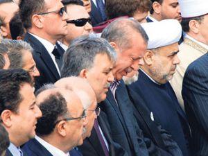 Başbakan&#39ın ağladığını görünce...