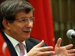 Davutoğlu: Esad kendi halkına güvenemedi