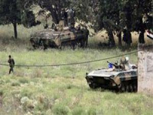 Suriye askerleri Lübnan topraklarına girdi
