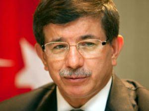 Davutoğlu&#39na CHP&#39den onay, MHP&#39den ret