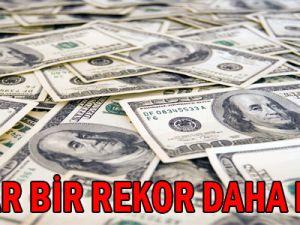 Dolar bir rekor daha kırdı