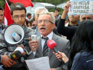 Kayseri&#39de Bir Gurup Meydan&#39da Radar Tepkisi