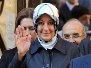 Hayrünnisa Gül şehit ailesine taziyede bulundu