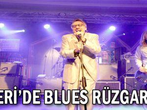 KAYSERİ&#39DE BLUES RÜZGARI ESTİ