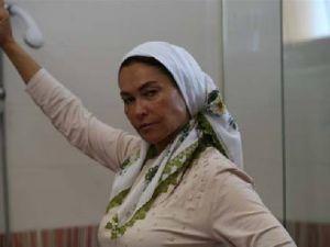 Hülya Avşar Ana filmi ile karşımızda -VİDEO