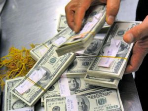 Dolar Tarihi Bir Rekor Daha Kırdı