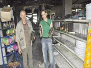 Almanya&#39da Kayseri&#39li Hamdi berk&#39in Komşusu Marketini Önce Soydu Sonra Yaktı