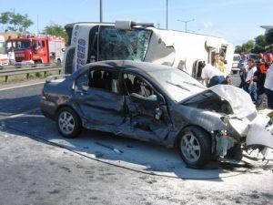 Kocaeli&#39de zincirleme trafik kazası: 34 yaralı