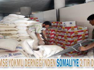 KAYSERİ KİMSE YOK MU DERNEĞİ&#39NDEN SOMALİ&#39YE 2 TIR DAHA YARDIM MALZEMESİ GÖNDERİLDİ