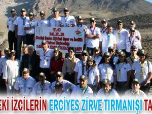 Kayseri&#39de İzcilerin Erciyes Zirve Tırmanışı Tamamlandı