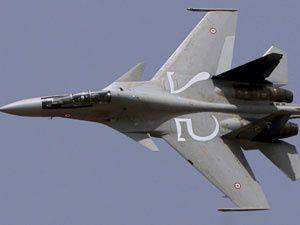 İran&#39da savaş uçağı düştü!