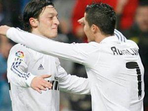 Ronaldo: &#39&#39Mesut, en iyi Alman oyuncu