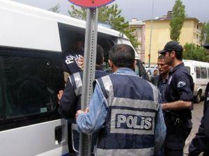 Gözaltına alınan 11 kişi serbest