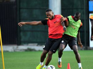 Galatasaray'da Drogba şoku yaşanıyor