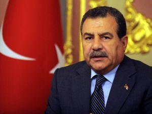 Ankara'da Polisevine Saldıran Kişi AK Parti'ye de Saldırmış