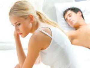 Cinsel sağlık hattını gençler arıyor