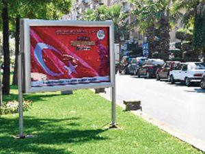 Aydın Belediyesi'nden Atatürk'lü afiş gafı