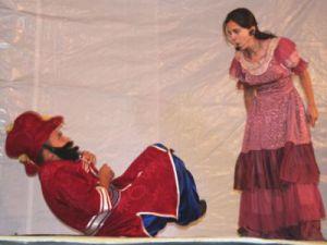 Kayseri Develi&#39de Kültürel Etkinlikler Hacivat-Karagöz Oyunlarıyla Sürüyor