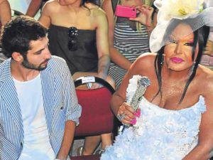 Bülent Ersoy&#39un Sevgilisine Sıkı Koruma