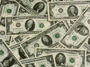 Dolar 1,7840 liradan güne başladı