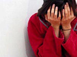 Eşim Çağırıyor Diyerek Kendisini Eve Götüren Komşusunun tecavüzüne uğradı