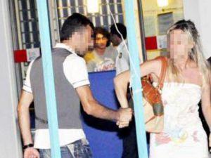 Kadına şiddet turist objektifinde