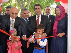 """""""KAYSERİ'DE 290 BİN ÖĞRENCİ DERSBAŞI YAPTI"""""""