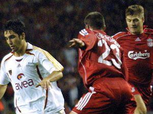Cimbom, Liverpool&#39u ağırlıyor