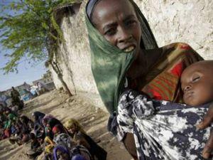 Açlık ve ölümden kaçan Somali