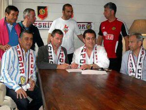 Ve resmen Eskişehirspor&#39da!