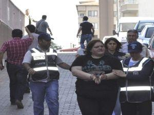 Kayseri'de Fuhuş  Baskını 10 Kişi Yakalandı