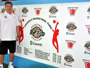 12 DEV ADAM BASKETBOL OKULLARI &#39&#39ANADOLU BASKETBOL TURU&#39&#39 BAŞLADI