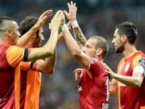 Galatasaray'da takım içinde yenilenmeye doğru tam sürat...